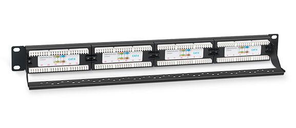 Патч-панель 19 (1U), 24 портов RJ-45, категория 6, Dual IDC, с задним кабельным организатором.<br />Вид в сборе.
