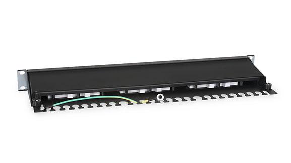 Патч-панель 19 (1U), 24 портов RJ-45, категория 6, Dual IDC, с задним кабельным организатором.<br />Вид сзади.
