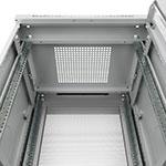 Монтажный шкаф Cabeus<br>Крыша оснащена кабельным щеточным вводом<br>Активная (принудительная) вентиляция заказывается дополнительно.